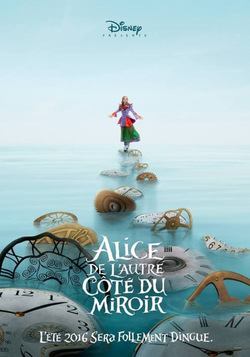 alice-de-lautre-cote-du-mirroir