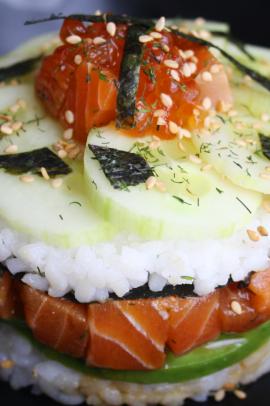 Sushi cake2